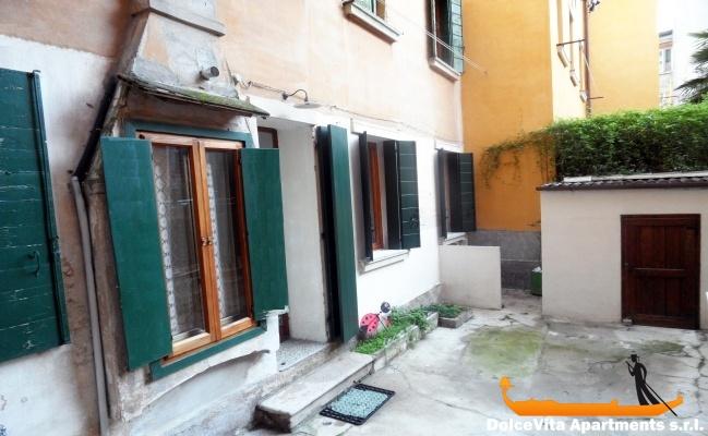 Louer appartement venise avec jardin louer appartement for Louer appartement jardin