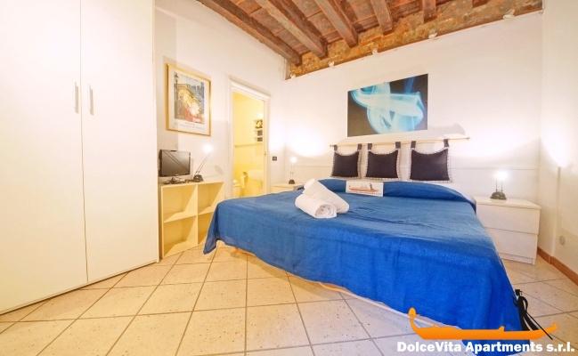 location studio venise romantique louer appartement. Black Bedroom Furniture Sets. Home Design Ideas