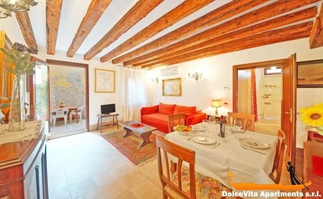 Louer appartement venise san marco pour 4 louer for Appartement design venise