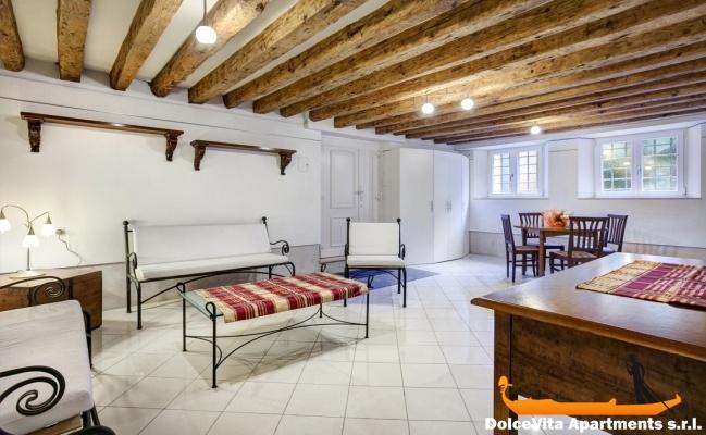Appartement de luxe venise avec jardin louer for Appartement san marco design venise