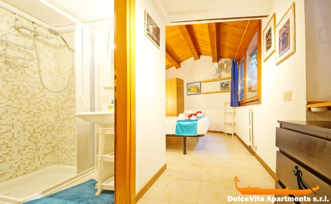 appartement venise pas cher louer appartement. Black Bedroom Furniture Sets. Home Design Ideas