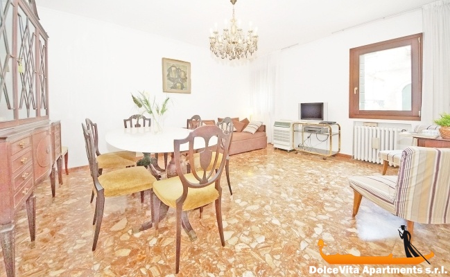appartement venise cannaregio pour 6 personnes louer appartement. Black Bedroom Furniture Sets. Home Design Ideas