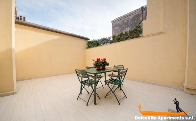 louer appartement venise castello louer appartement. Black Bedroom Furniture Sets. Home Design Ideas