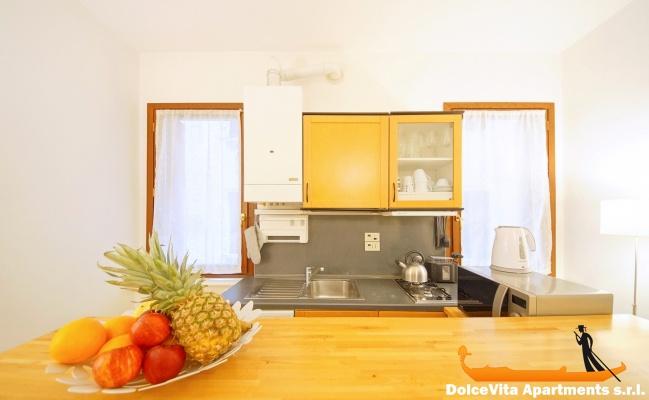 Chambre Moderne Venise : Appartement à venise moderne près pont du rialto louer