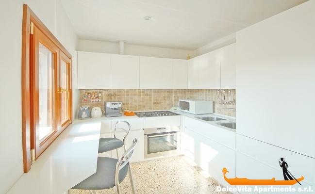 Location appartement dans un palais noble venise louer for Appartement design venise