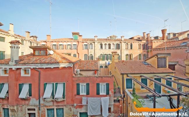 Appartement venise san marco avec terrasse louer for Appartement san marco design venise