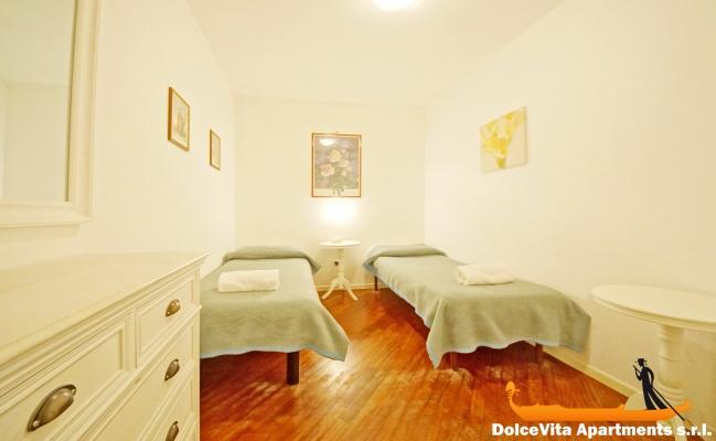 Appartement venise san marco pour 6 louer appartement for Appartement san marco design venise