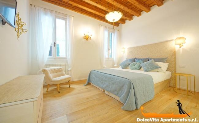 Appartement venise suite moderne avec 2 chambres louer for Suite appartement