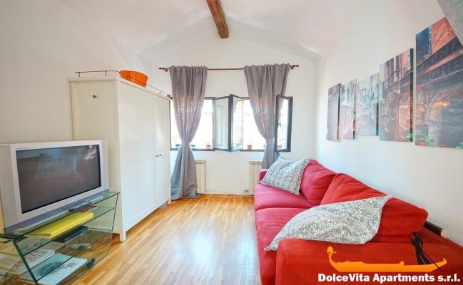 appartement venise pas cher cannaregio louer appartement. Black Bedroom Furniture Sets. Home Design Ideas