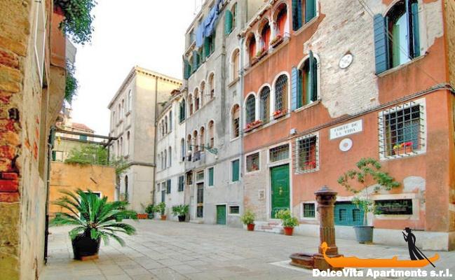 appartement venise san marco avec terrasse louer appartement. Black Bedroom Furniture Sets. Home Design Ideas