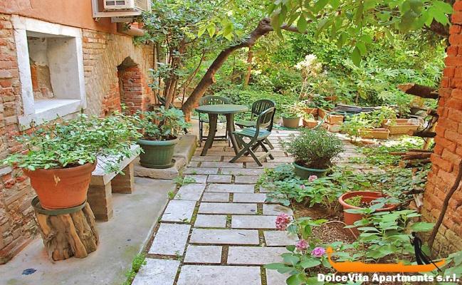 Appartement louer venise avec jardin pour 4 personnes louer appartement - Appartement a louer avec jardin ...