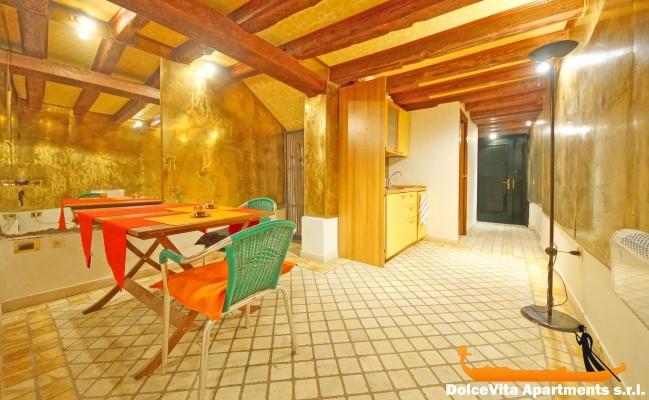 appartement venise pas cher san marco pour 2 louer appartement. Black Bedroom Furniture Sets. Home Design Ideas