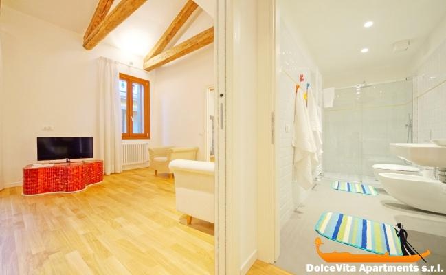 Nouveau appartement venise design louer appartement for Location appartement design