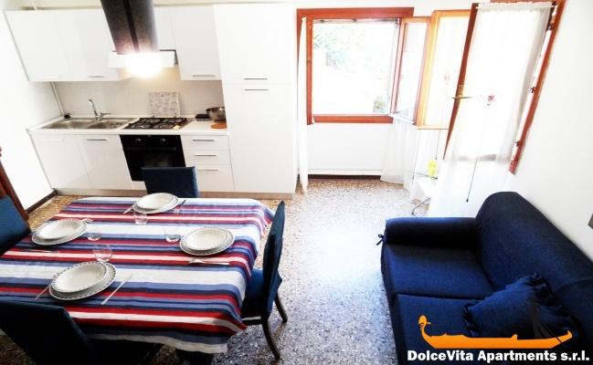 appartement pour vacances venise avec climatisation louer appartement. Black Bedroom Furniture Sets. Home Design Ideas