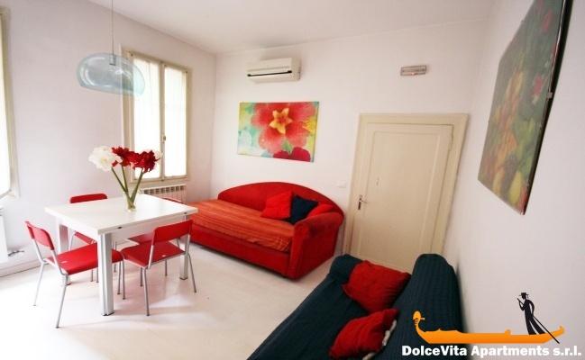 appartements louer venise pour 10 personnes louer appartement. Black Bedroom Furniture Sets. Home Design Ideas